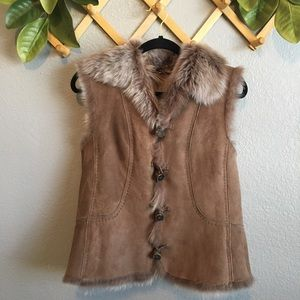 Rare Elie Tahari Shearling Toggle Fur Vest